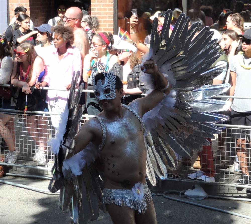 Costumes Ailes Toronto Pride